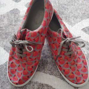 Bucketfeet Cardinals Lace Up Canvas Sneakers 7